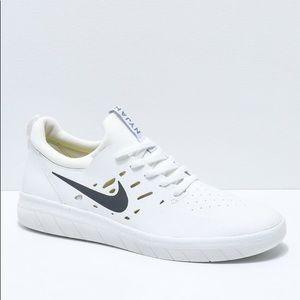 Nike Sb Nyjah Free (White)
